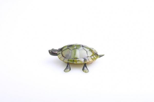 Želva na dálkové ovládání - vadná baterie