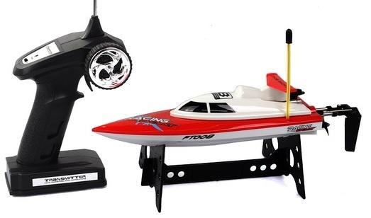 Malá RC loďka FT008 chybí nabíječka a aku