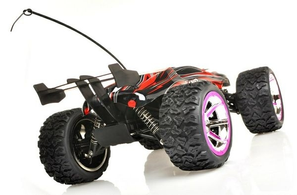 BUSTER TRUGGY - 4x4 - RC auto do terénu