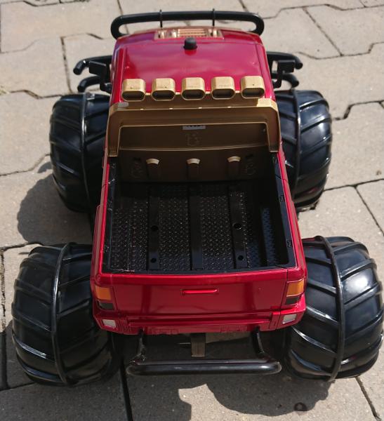 Vodotěsný Hummer 1/10 - obojživelné RC auto