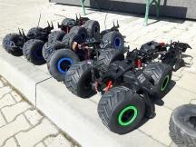 Obrovské odolné RC auto - zbylé náhradní díly